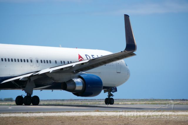 BOEING 767-300 — - Delta 767-300 taxing out to runway 8R at HNL.