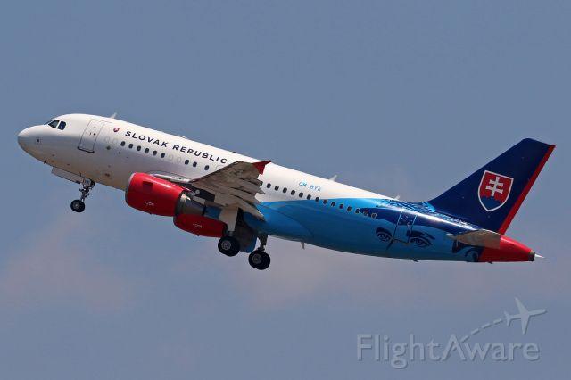 Airbus A319 (OM-BYK)