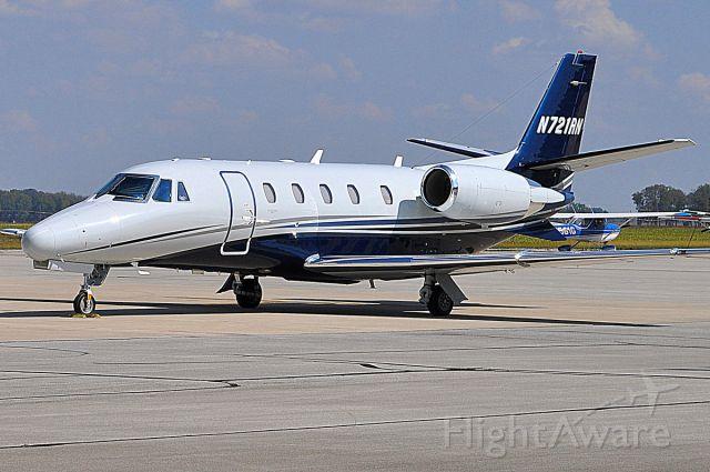 Cessna Citation Excel/XLS (N721RN) - 2008 Cessna 560XL at Columbus, IN Municipal airport 9/26/17.