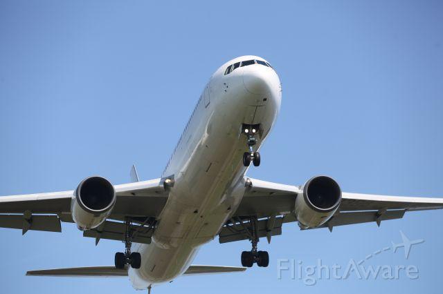BOEING 767-300 (JA8398) - 23 May 2015:HND-HKD