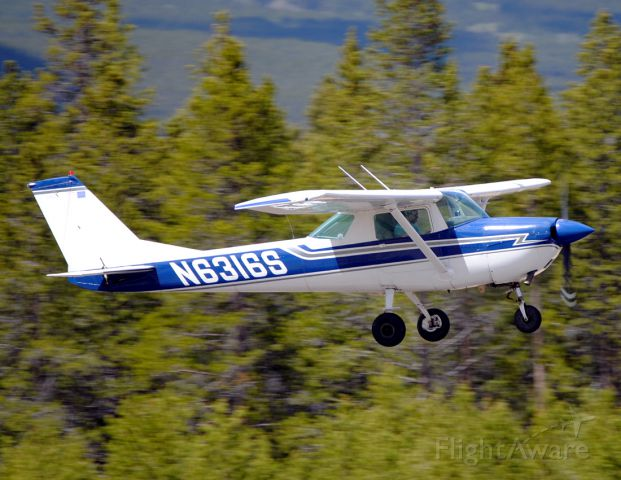 Cessna Commuter (N6316S) - Very rare to see a Cessna 150 at the highest airport in North America!  Especially one carrying two people on-board!!