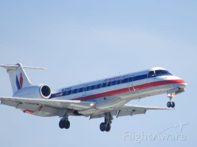Canadair Regional Jet CRJ-700 (N721HS)