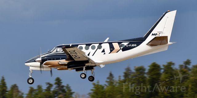 Beechcraft King Air 100 (MAX100)