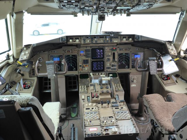 Boeing 757-200 (C-FMEK) - We got to go up to the flight deck at the 2014 Toronto Pearson Runway Run.