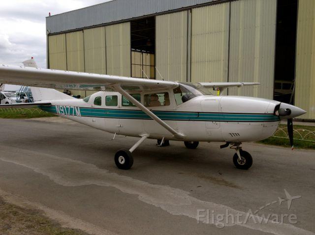 Cessna T207 Turbo Stationair 8 (N9177M)