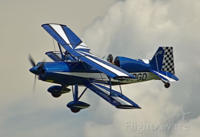 STOLP SA-750 Acroduster Too (C-FPGD) - 2014 Stolp SA 750 Acroduster Too (C-FPGD/196011)  banking hard before lining up for final approach on runway 27. Taken on June 30, 2021