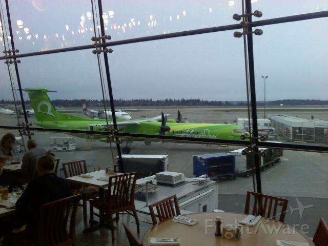 — — - SeaTac airport