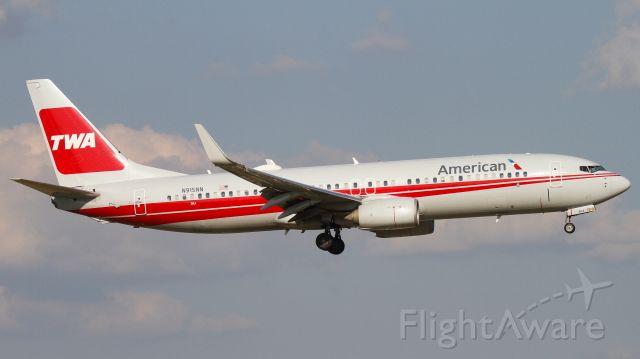 """Boeing 737-800 (N915NN) - """"American 249"""" from San Antonio"""
