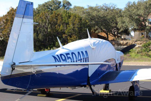 Mooney M-20 (N9504M)