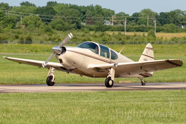 TEMCO Swift (N21FA) - A 1950 Globe Swift taxiing to runway 11 at Butler Co. Regional Airport.