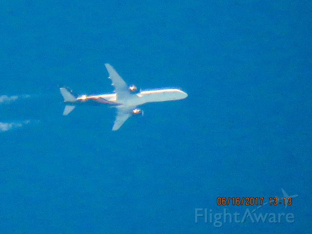 Boeing 757-200 (G-POWH)