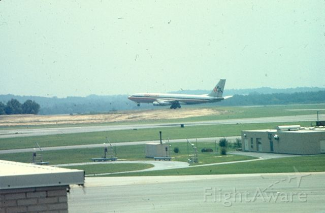 Boeing 707-100 — - American Airlines Boeing 707 lifts off from runway 10 at Friendship International Airport (Now KBWI), circa 1968-70