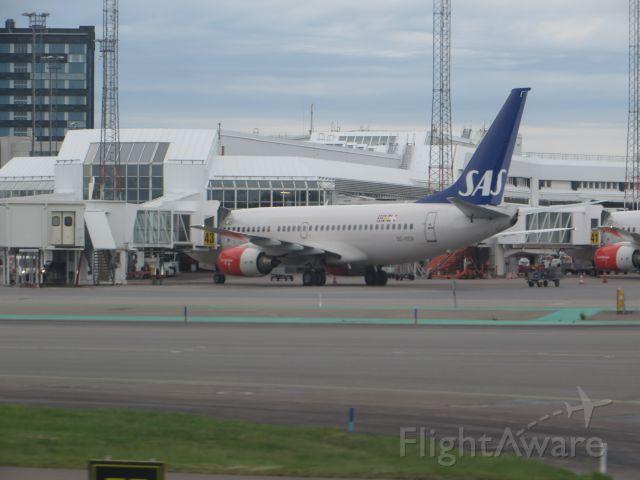 Boeing 737-700 (SE-RER)