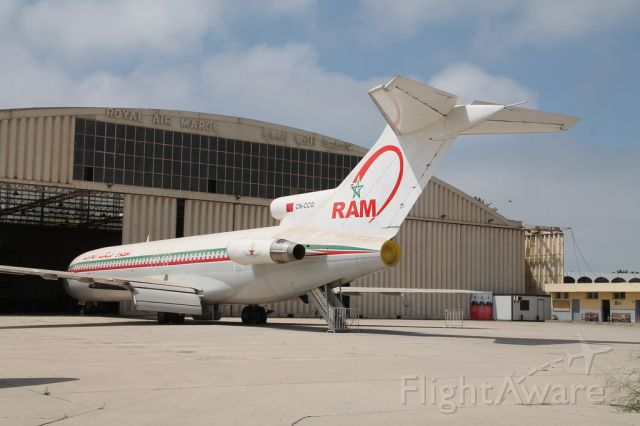 Boeing 727-100 — - Boeing 727-2B6