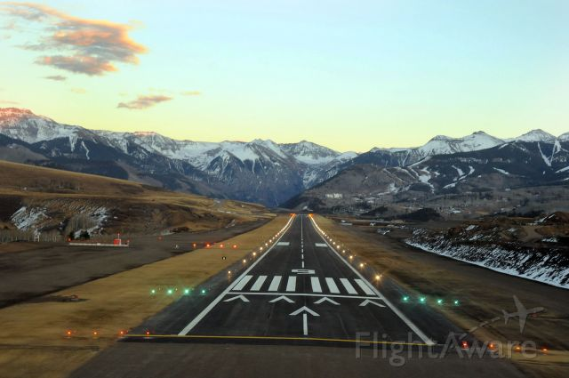 — — - Runway 9  Telluride Regional Airport  Highest Commercial Airport in the United States  Elevation: 9070 ft.