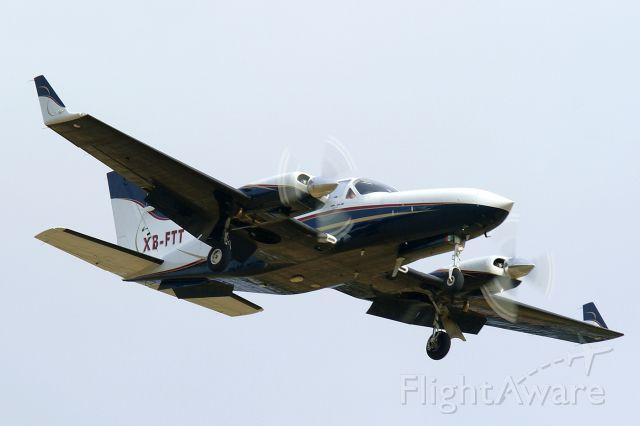 Cessna Chancellor (XB-FTT) - 12R approach