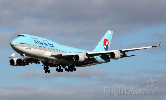 Boeing 747-400 (HL7473) - Short Final To 16R