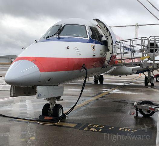Embraer ERJ-135 (N805AE)