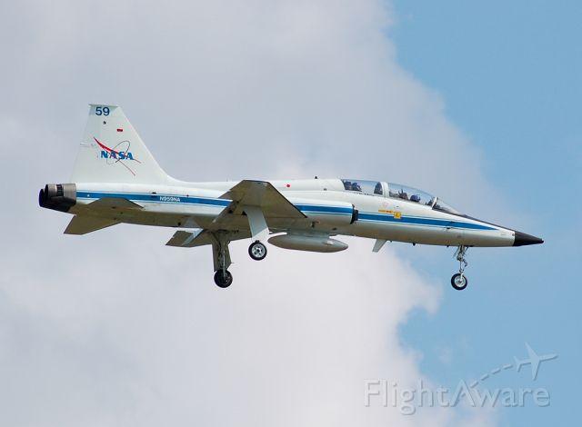 Northrop T-38 Talon (NASA959)