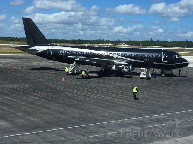 Airbus A320 (LY-COM) - Ly-com Cubana heading from Holguin to Montreal