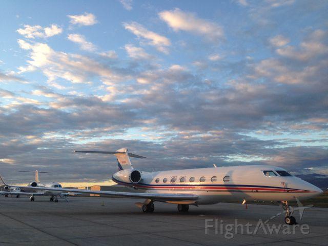 Gulfstream Aerospace Gulfstream G650 (N100A) - Hunting season in Sheridan