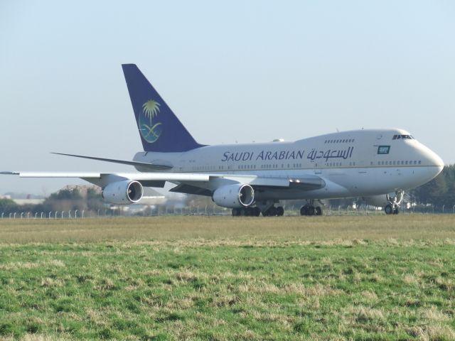 Boeing 747-200 (HZ-AIJ)