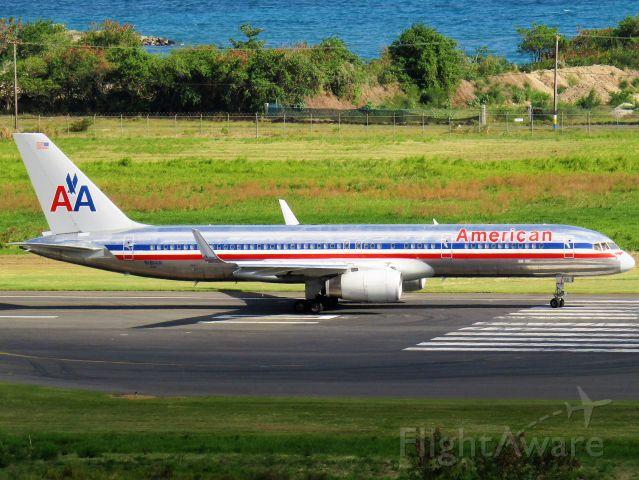 Boeing 757-200 (N181AN)