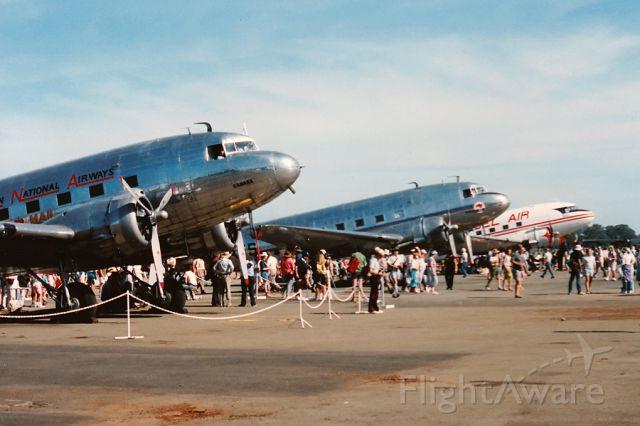 Douglas DC-3 (VH-ABR) - Bicentenary Air Show 1988
