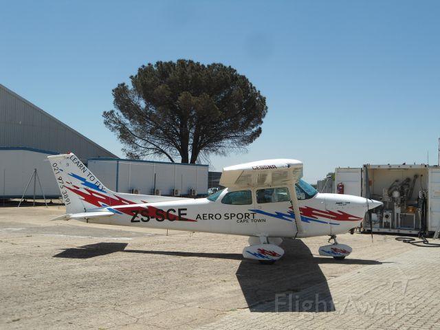 Cessna Skyhawk (ZS-SCE)