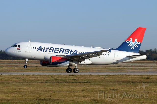 Airbus A319 (YU-APJ)