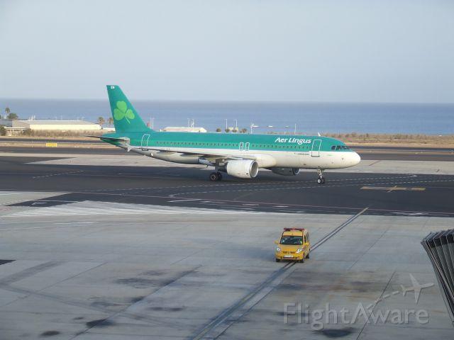 Airbus A320 (EI-DEN)