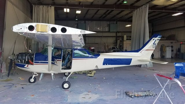 Cessna Skyhawk (N6400V) - ALMOST THERE