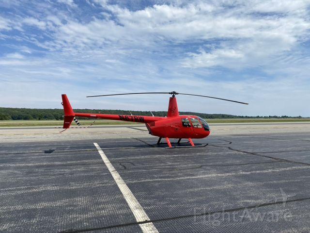 Robinson R-44 (N67RW)