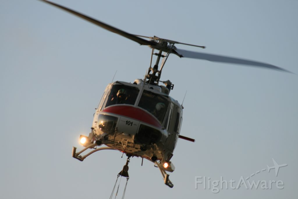 Bell UH-1V Iroquois (N499DF)