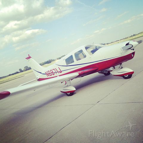 Piper Cherokee (N6971J) - Taken after my first solo XC a while back.