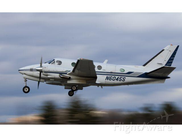 Beechcraft King Air 100 (N6045S) - Take off runway 26.