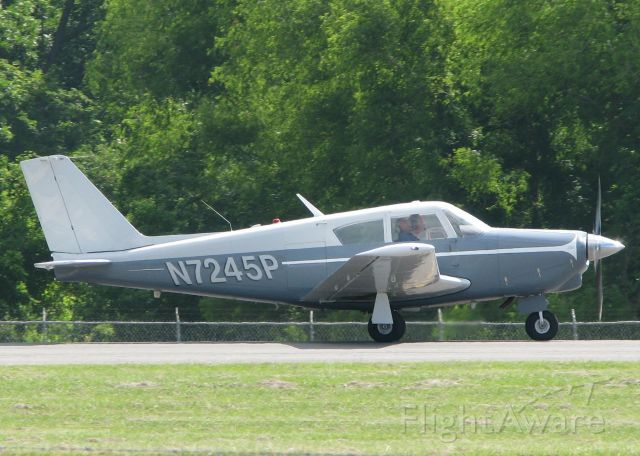 Piper PA-24 Comanche (N7245P) - At Downtown Shreveport.