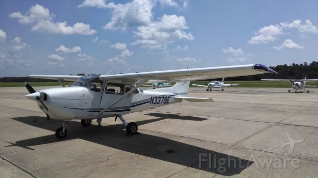 Cessna Skyhawk (N3379E) - N3379E after a fuel stop at Ruston Regional (KRSN). Great airport and friendly staff.