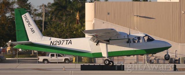 ROMAERO Islander (N297TA)