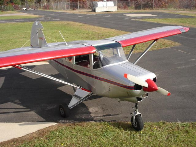 Piper PA-22 Tri-Pacer (N8142D)