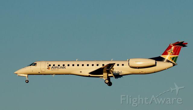 Embraer ERJ-135 (ZS-ALY)