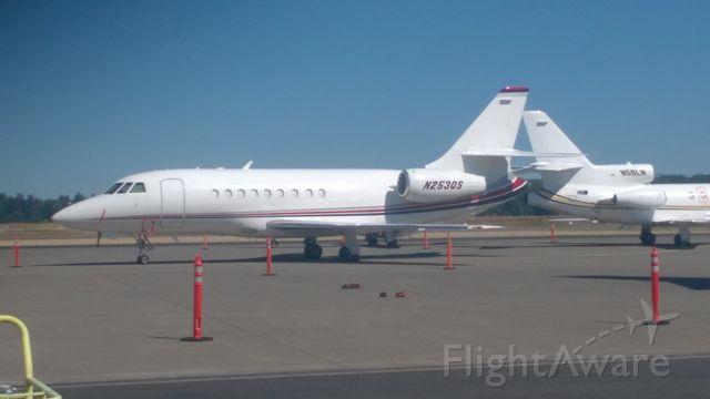 Dassault Falcon 2000 (N253QS) - Scheduled to depart to San Jose 9-15-16