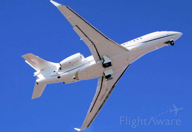 Dassault Falcon 7X (M-YNNS) - M-YNNS departing St Maarten