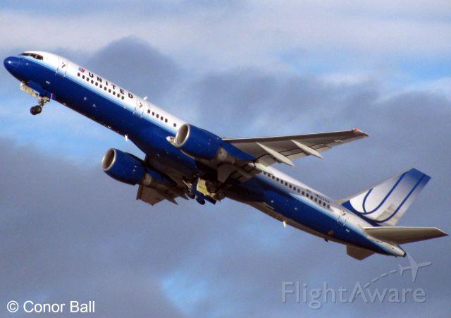 Boeing 757-200 (N522UA)