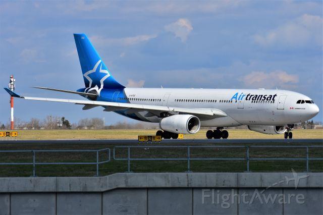Airbus A330-200 (C-GTSZ) - Air Transat Airbus A330-243 departing YYC on May 10.