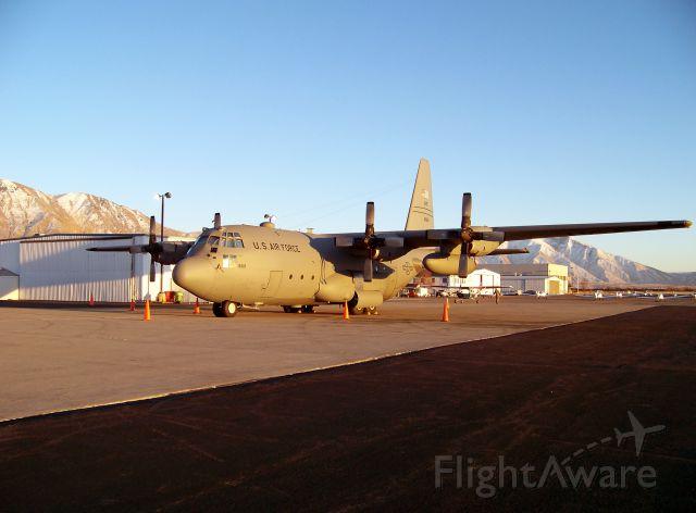 Lockheed C-130 Hercules (74-1669)