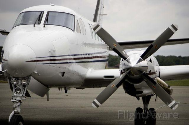 Beechcraft King Air 100 (N222LP)