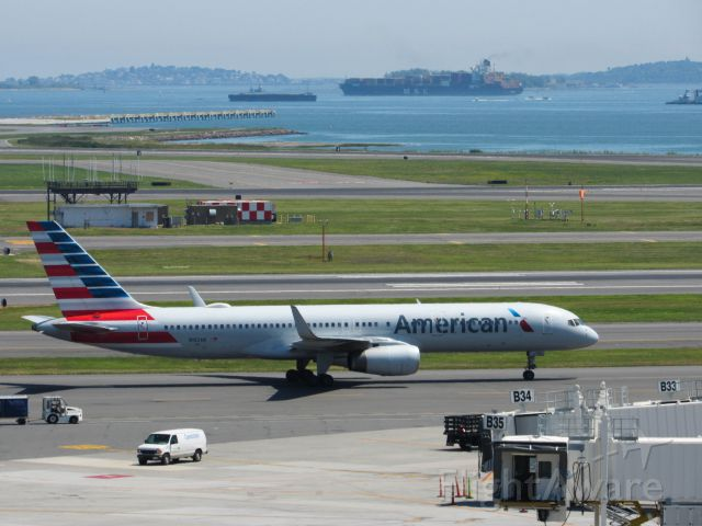 Boeing 757-200 (N192AN) - An American 757-223WL making its way to a gate at logan airport.
