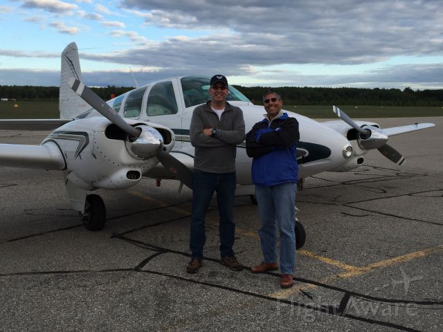 Beechcraft Travel Air (N95DL) - First cross-country in the twin !