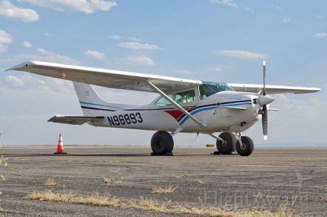 Cessna Skylane (N96893) - 1979 N96893 Cessna 182Q c/n 18266890 with Peterson/King Katmai Kits installed. This is an ultra STOL aircraft with a rotation speed of 35 knots and 260HP.<br /><br />Seen at KBJC on 8/20/19